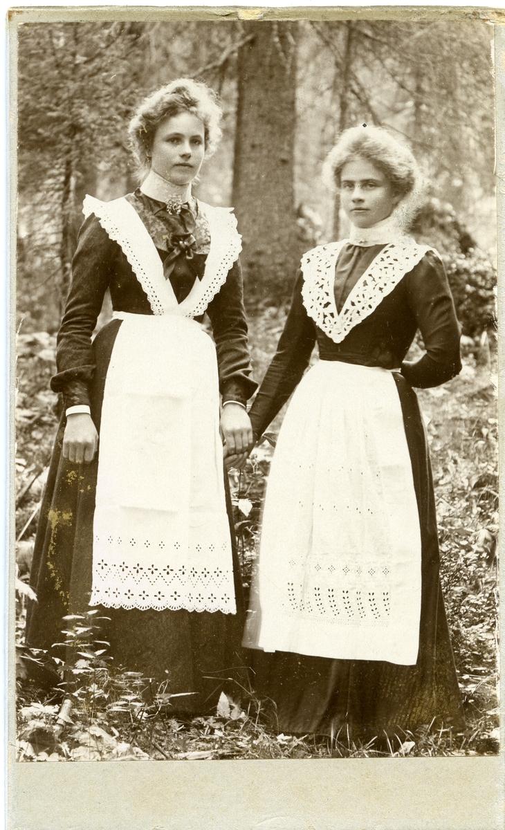 Inger Lineikro til venstre i bildet.