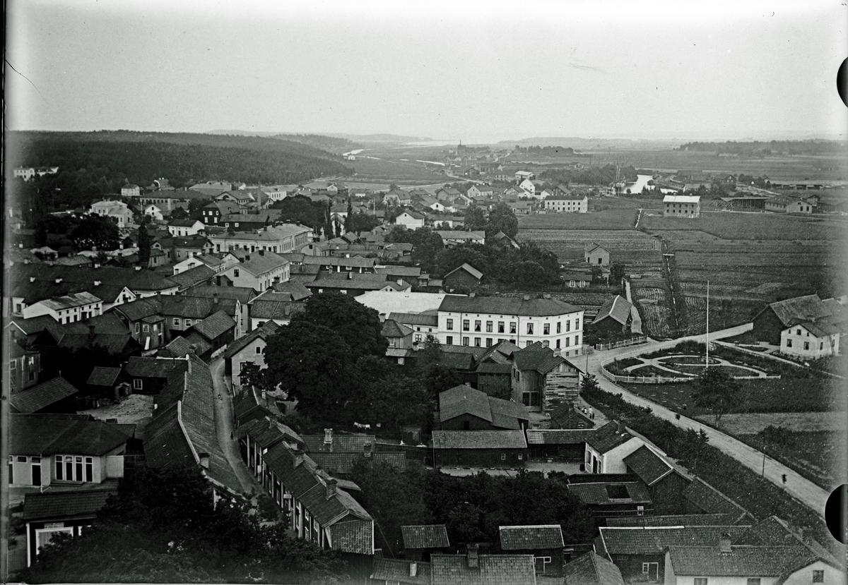 Utsikt från kyrktornet före branden 1889. Fotograf C Billberg.