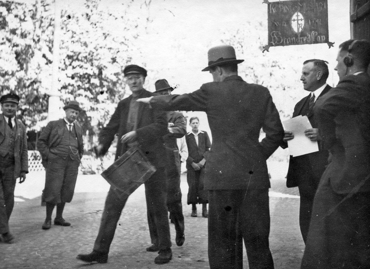 Scheelejubileet 1936. Radioinspelning. Vid dåv. brandmuseet.