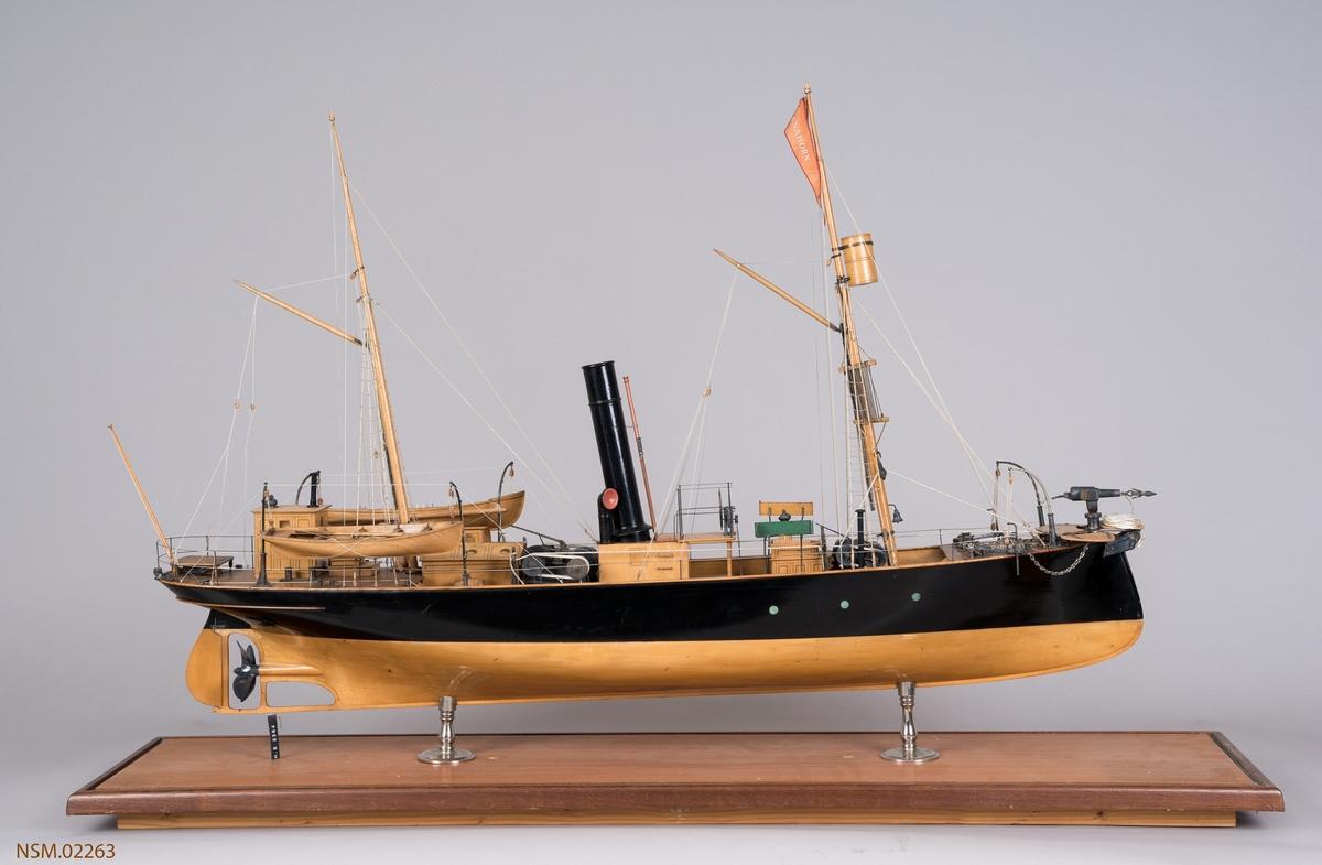 Hvalbåt 'Tanahorn'. Bygget 1886  26 n.reg.tonn.