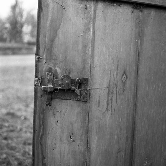 Urshult. Kyrkstallarna före upprustning. 1955. - Kulturparken ... e599b4a0fd77f
