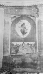 """Foto på en """"altartavla"""", fresk på vägg. Kristi Himmelsfärd,"""