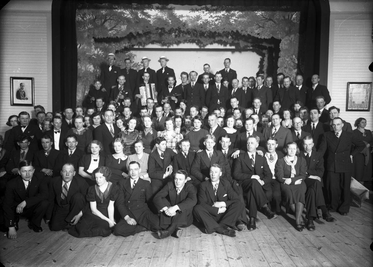 Lindqvist - Offentliga medlemsfoton och skannade - Ancestry