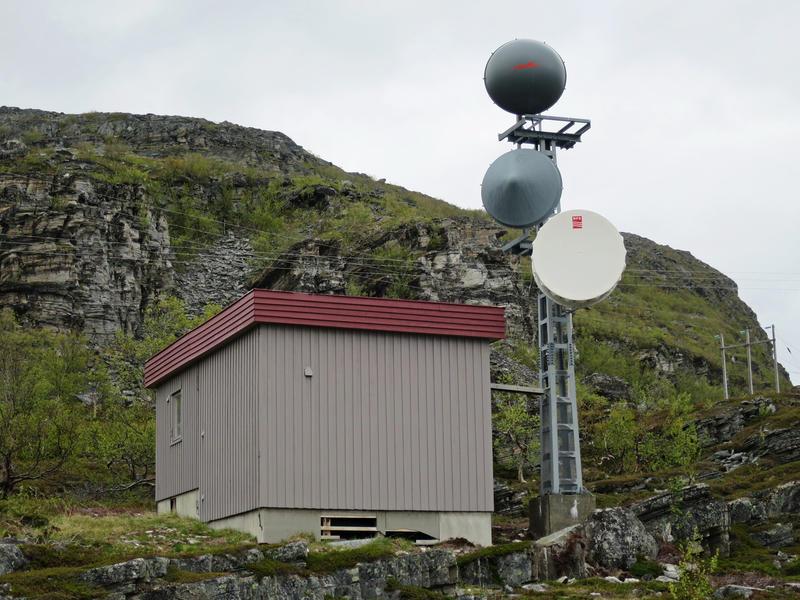 Telefonsentraler. Litlefjord automatkiosk eksteriør 2 (Foto/Photo)