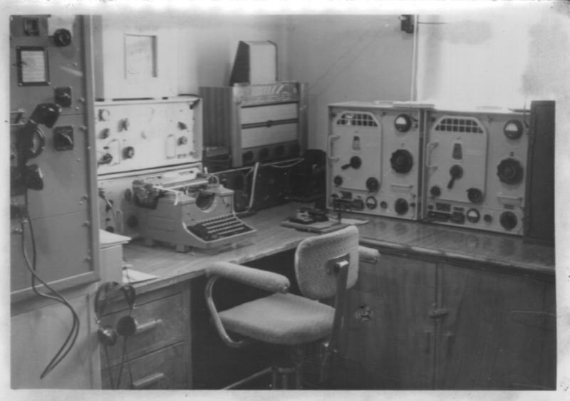Radio- og kringkastingsstasjoner. Ny-Ålesund interiør (Foto/Photo)