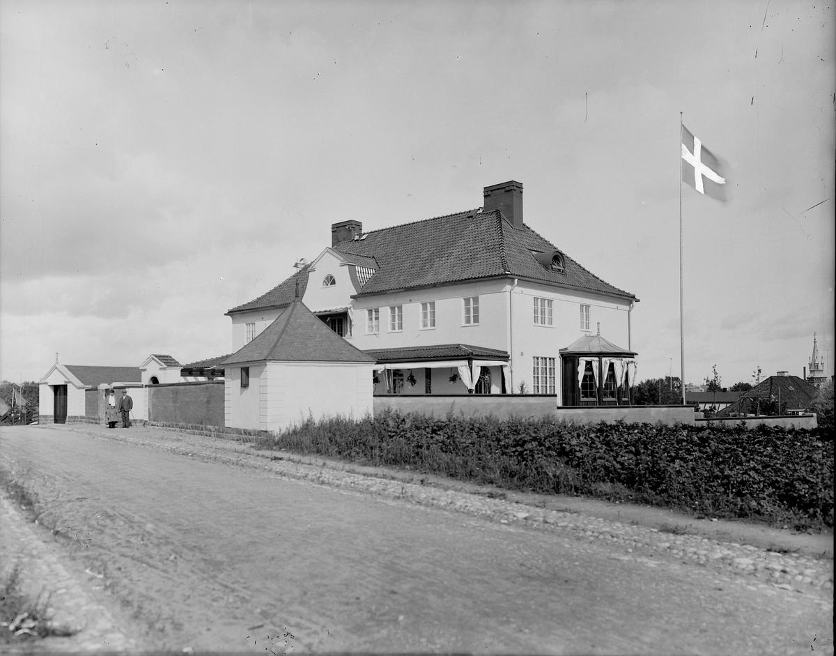 Ahlgrens villa, Villastaden. Rettigska barnhemmet syns i bakgrunden