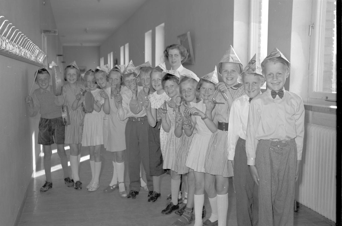 Nynässkolan har musikavslutning. 18 maj 1953.