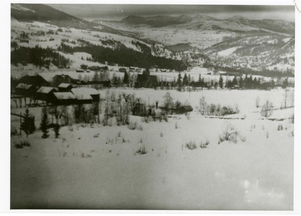 Vinterfoto, tatt fra østre Bagn mot vestre Bagn og Reinli.