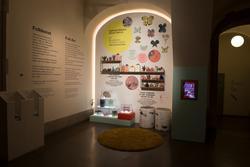 Alla kvinnors hus- Folkkonst, utställningsdokumentation