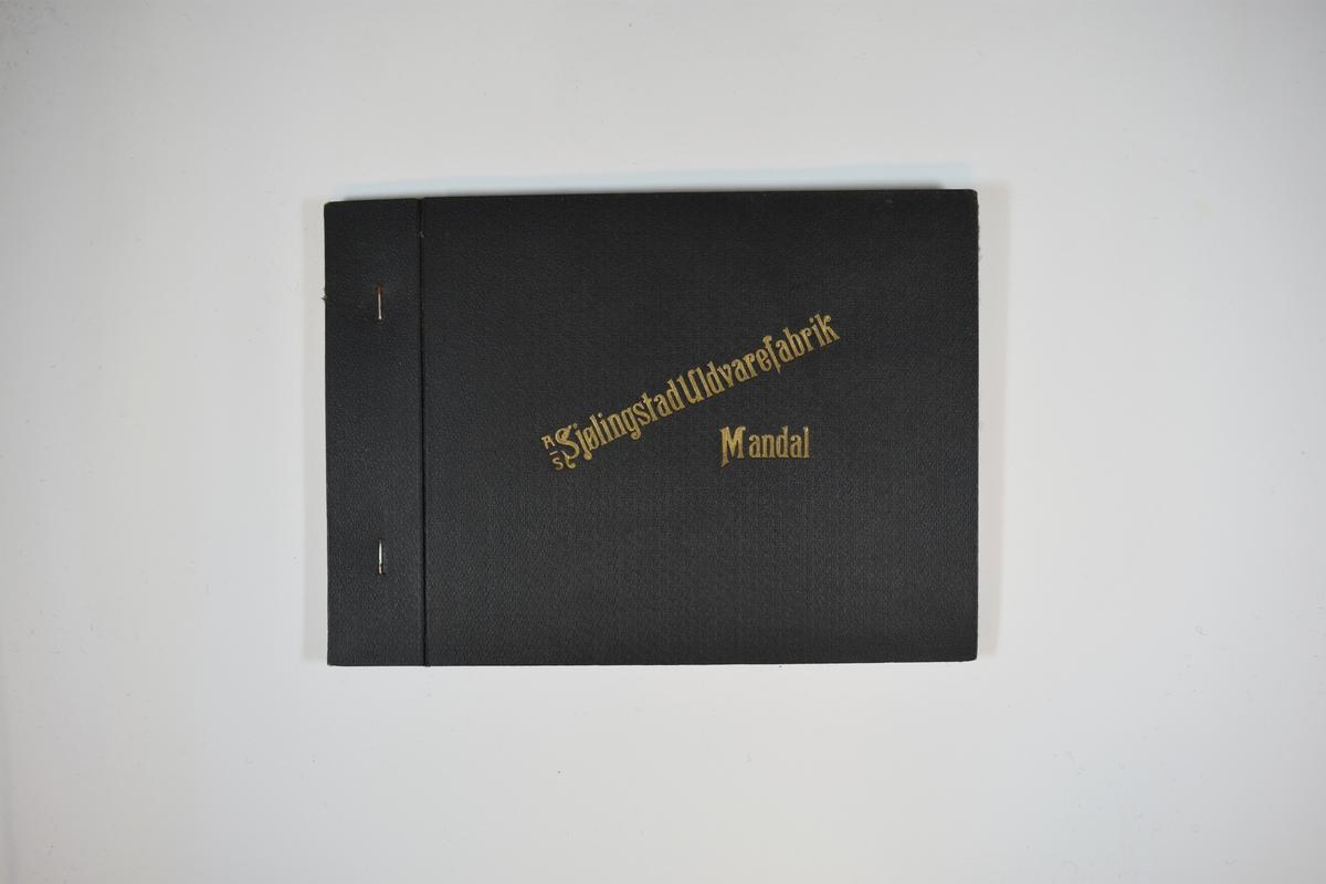 Prøvebok med 2 stoffprøver. Middels tykke stoff med ruter. Stoffene ligger brettet dobbelt i boken slik at vranga dekkes. Stoffene er merket med en rund papirlapp, festet til stoffet med metallstifter, hvor nummer er påført for hånd. Innskriften på innsiden av forsideomslaget indikerer at begge stoffene har kvaliteten 168, samt at det trolig har vært ytterligere to stoffer i boken tidligere.   Stoff nr.: 168/5, 168/7