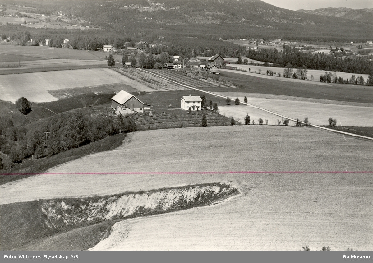 Flyfoto av Sisjord i Bø