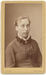 Karen Syverstad, portrett