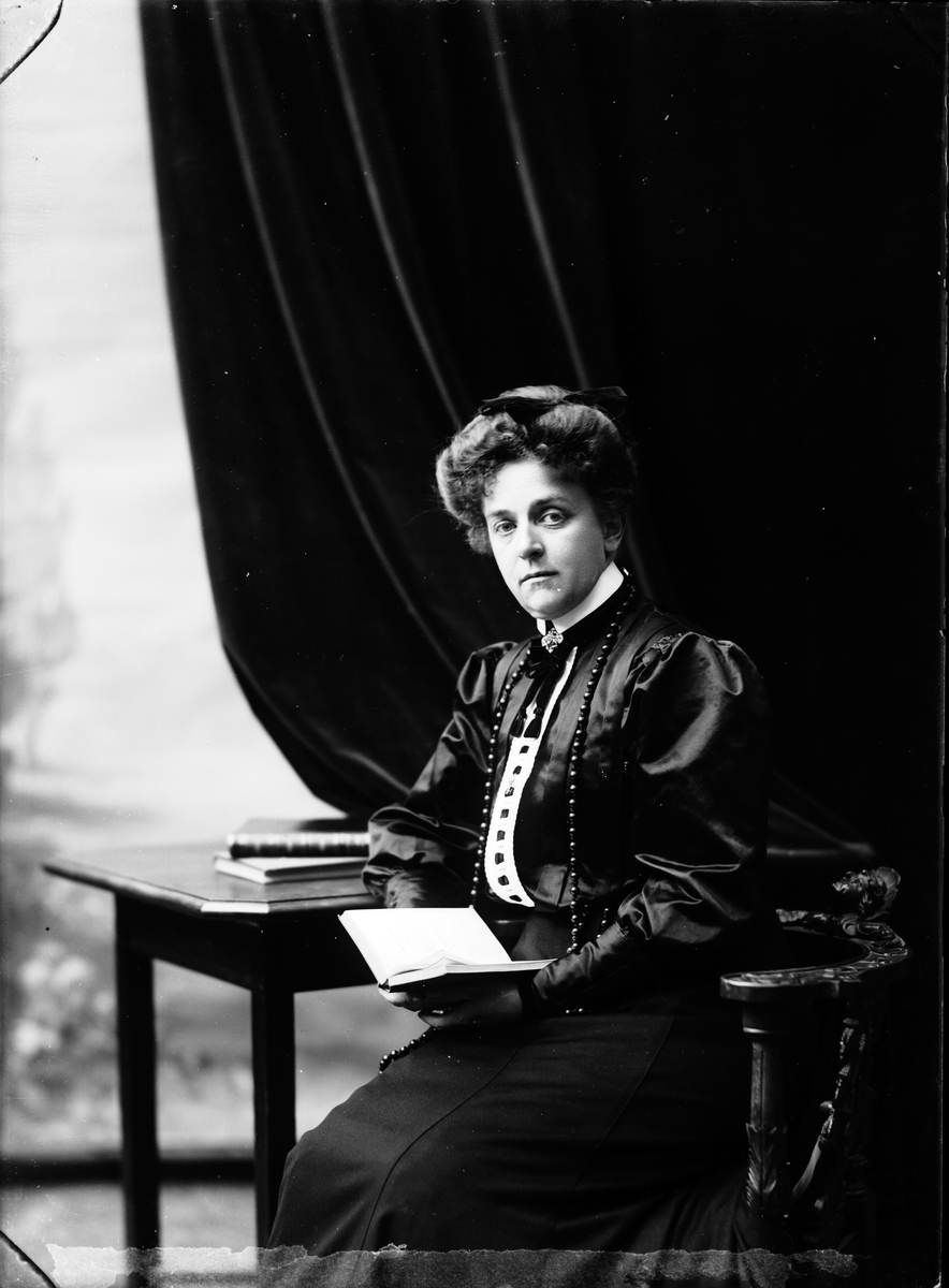 Konsulinna, Fru Petré