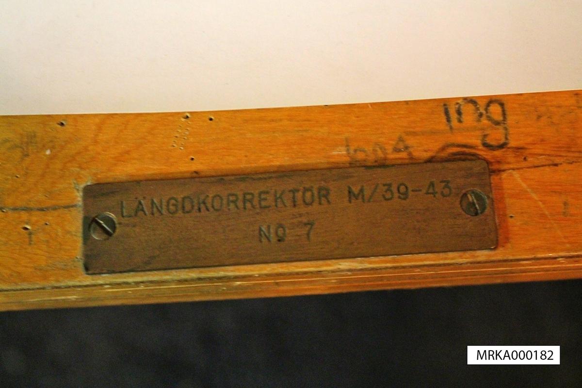 Längdkorrektör m/1939-43