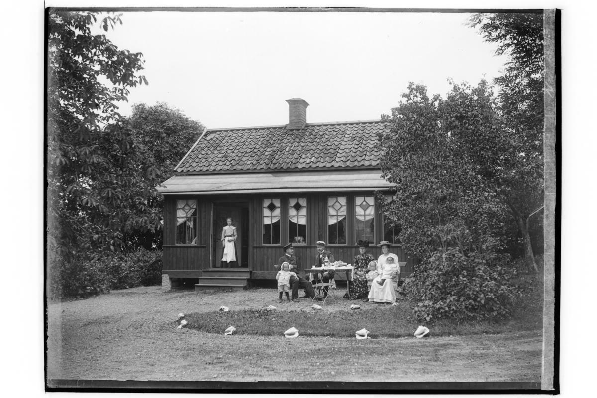 Sommarvilla.Grosshandlare Enock Lindholm, Köpmangatan 10, Örebro.