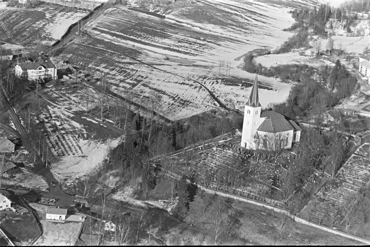 Vang kirke, Vang H. flyfoto.
