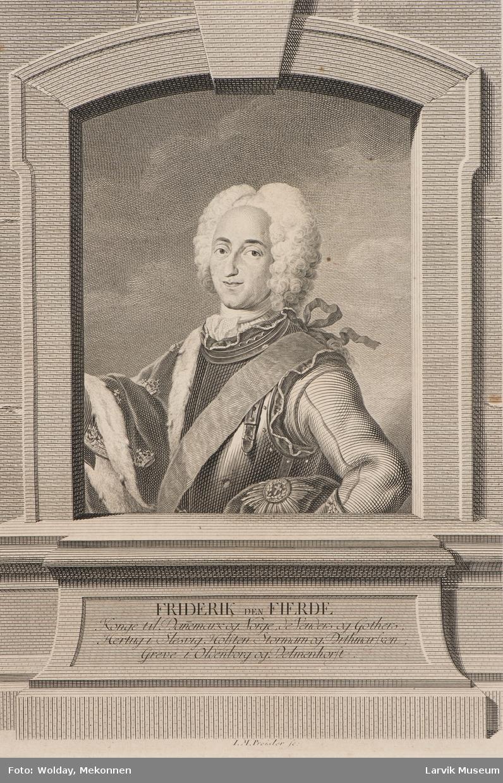 Fredrik IV i rustning og hermelinskappe m/kroner