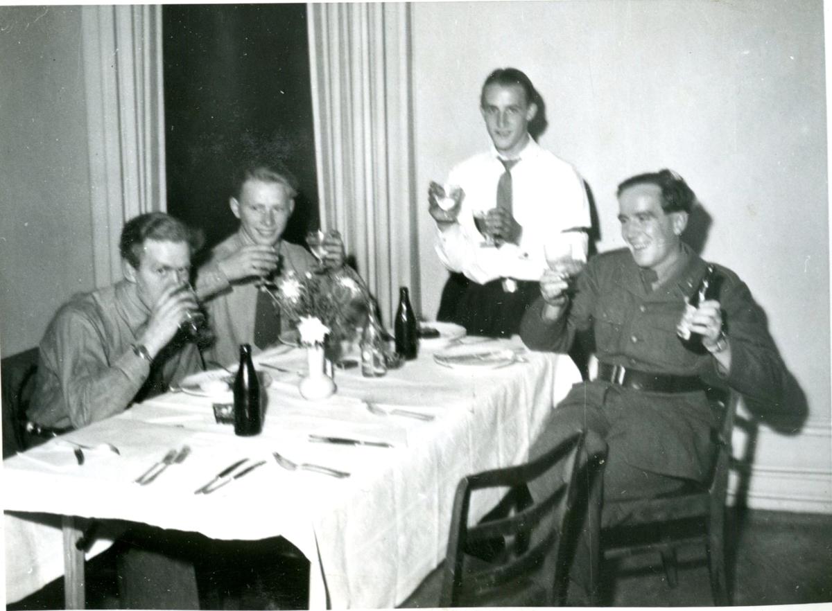 Fest (4 man). Villingsberg, Närke.