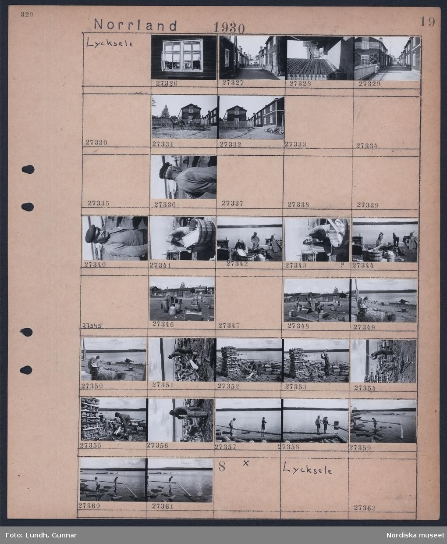 Motiv: Norrland, Lycksele; En bil kör på gata mellan timmerhus, en man sitter på en hästdragen kärra med timrade hus i bakgrunden, porträtt av man, kvinna tvättar i träkar, kvinna och man tvättar vid sjö, en man hugger ved, barn leker vid sjökanten.