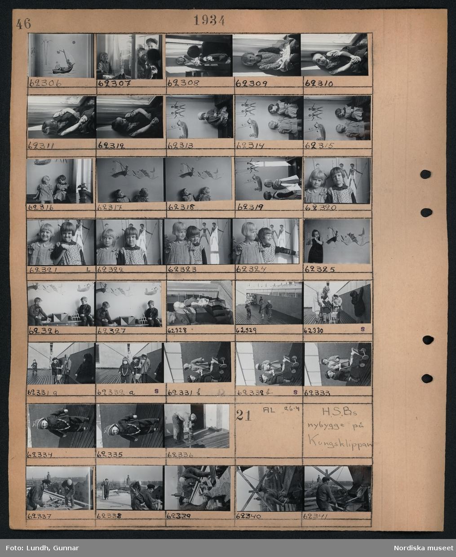 Motiv: H.S.B.s lekstuga Åsögatan 176 (HSB); Porträtt av barn, barn leker med träleksaker, barn leker på en takterass, en man målar med cuprinol.  Motiv: H.S.B.s nybygge på Kungsklippan (HSB); En grupp män jobbar på ett tak.