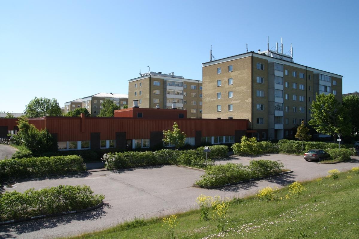 Nyby servicehus, kvarteret Leopold, Leopoldsgatan 1,3,5,7,9,11,13 Nyby, Uppsala, Uppsala kommun, Uppland 2014