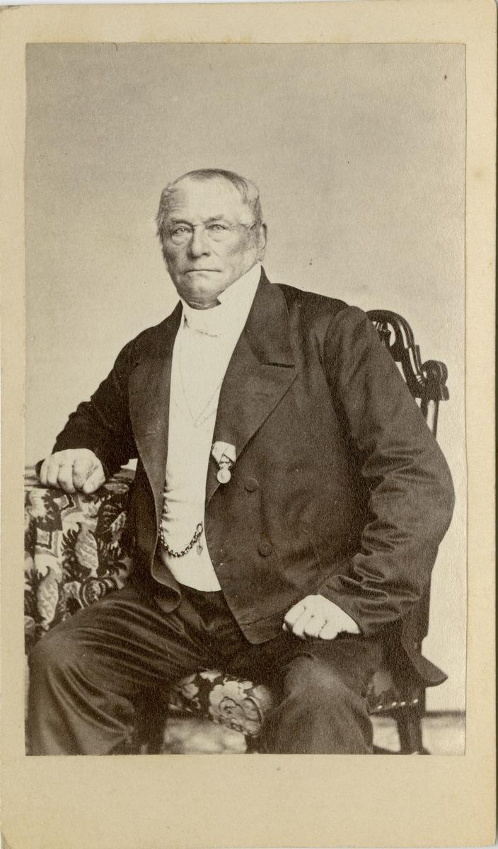 Porträtt av okänd man, förmodligen officer vid Generalstaben.
