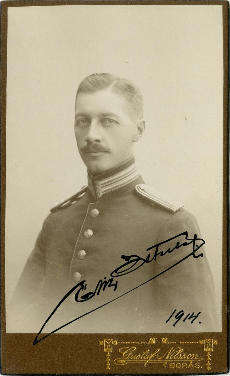 Porträtt av Eric Oscar Baltzar Österlöf, kapten vid Älvsborgs regemente I 15.
