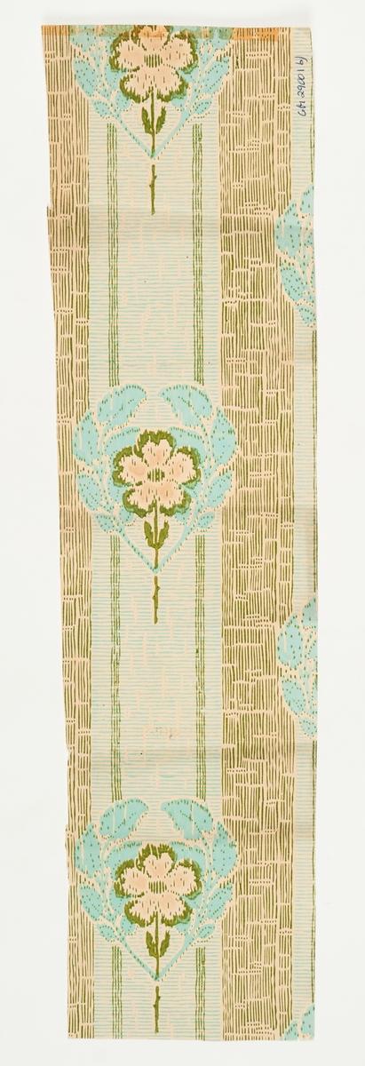 Stiliserade blommor/blad i grönt och turkos över en textilimiterande bakgrund.