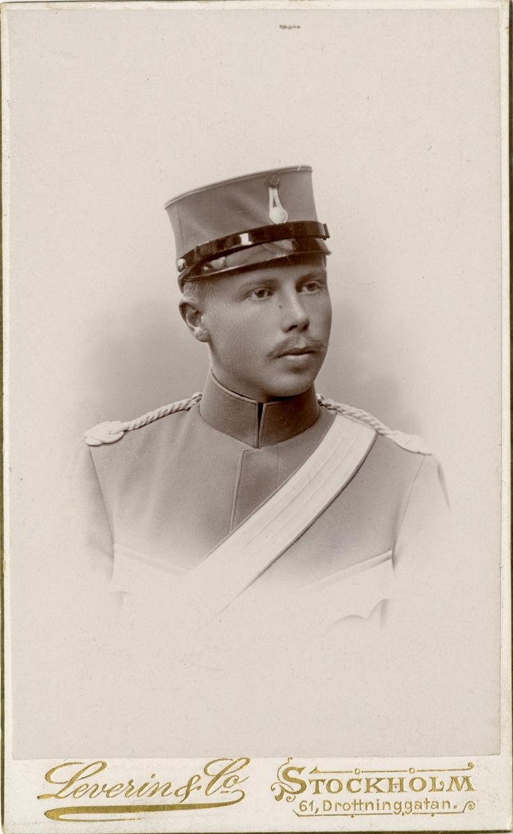 Porträtt av okänd soldat vid Livgardets dragoner K 1.