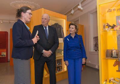 Kongeparet til Kvinnemuseet. Foto/Photo