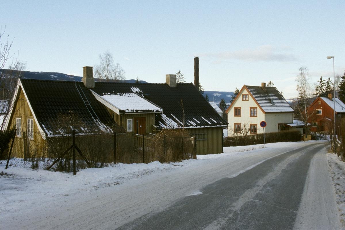 Lillehammer, Sorgendal, bolighus, Sorgendalsvegen 16 og Sorgendalsvegen 20, tatt mot nordvest