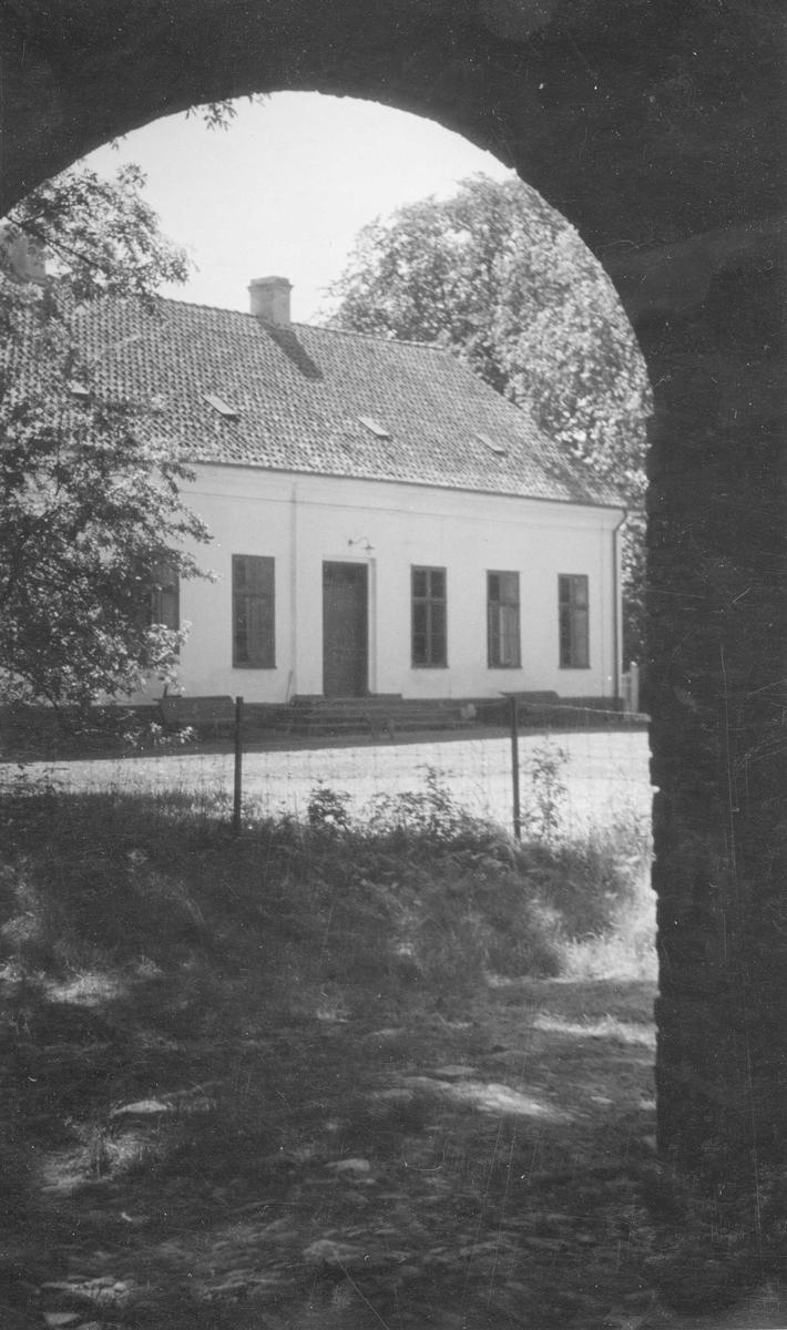 Regemetschefsbostället Månstorp tillhörande Södra Skånska infanteriregementet I 25 fotat från norr.