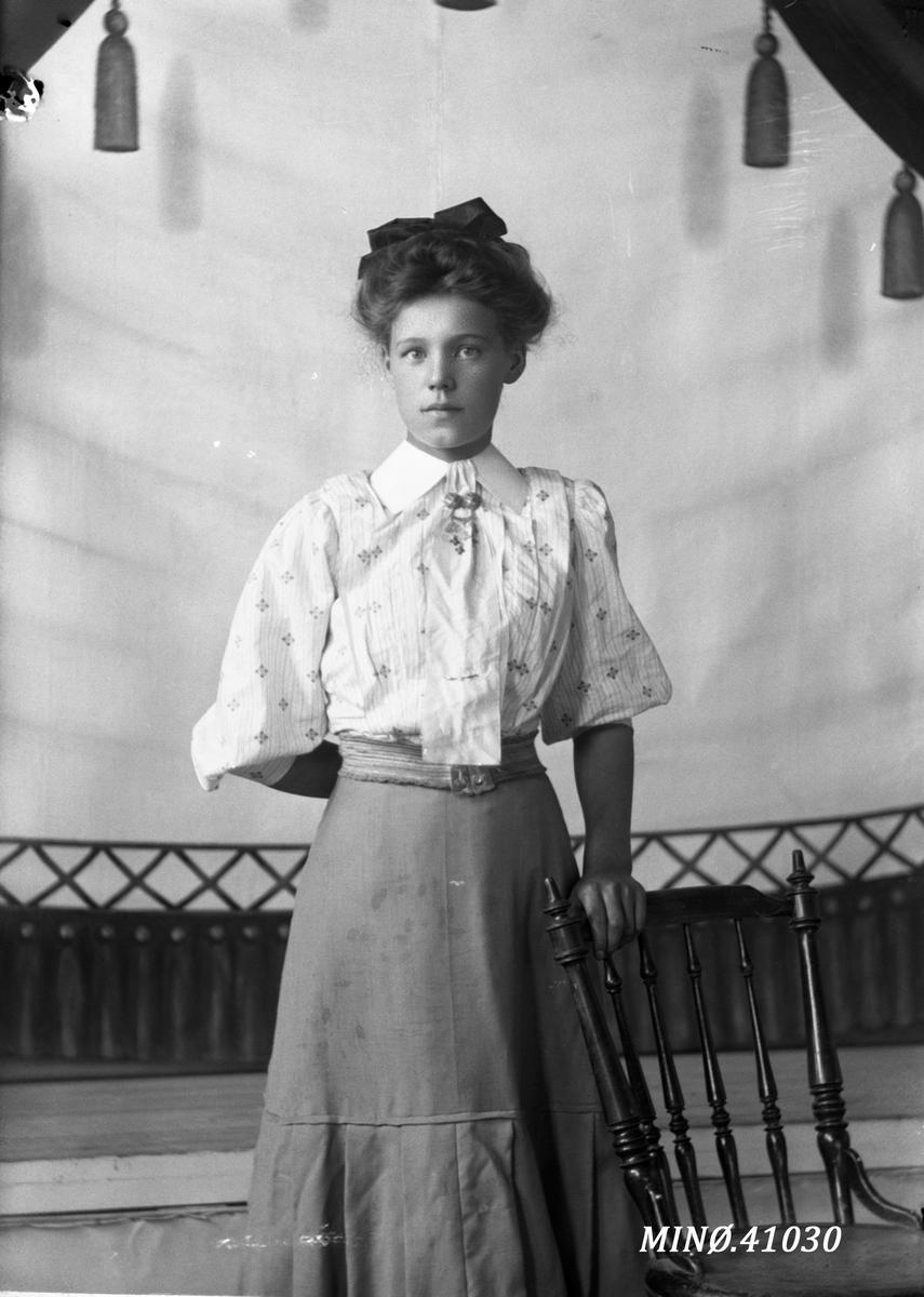 Portrett av kvinne - Else Andersen ?