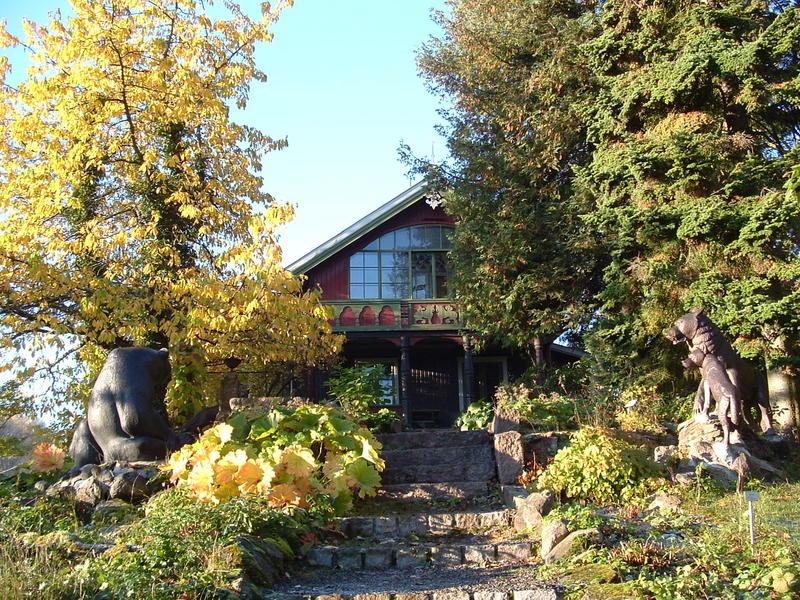 Asker_Museum_hovedhuset_Tilla_og_Otto_Valstad.jpg