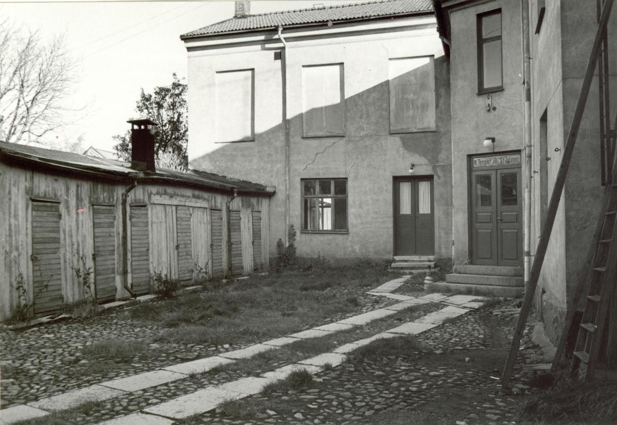 Innergården till en fastighet på Södra Malmgatan.