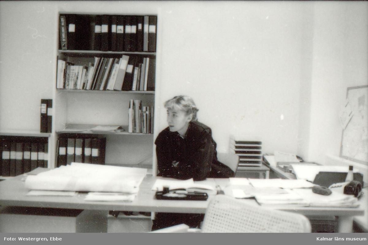 Foto:Kerstin Haglund Feb 1987 Barbro på besök hos Kerstin Haglund.