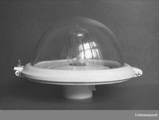 Taklampe for jernbanevogn, mønsterbeskyttet 1914. Elektrisk Bureau.