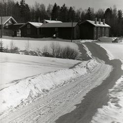 Gården Kristofers sedd från Kalvstigen.