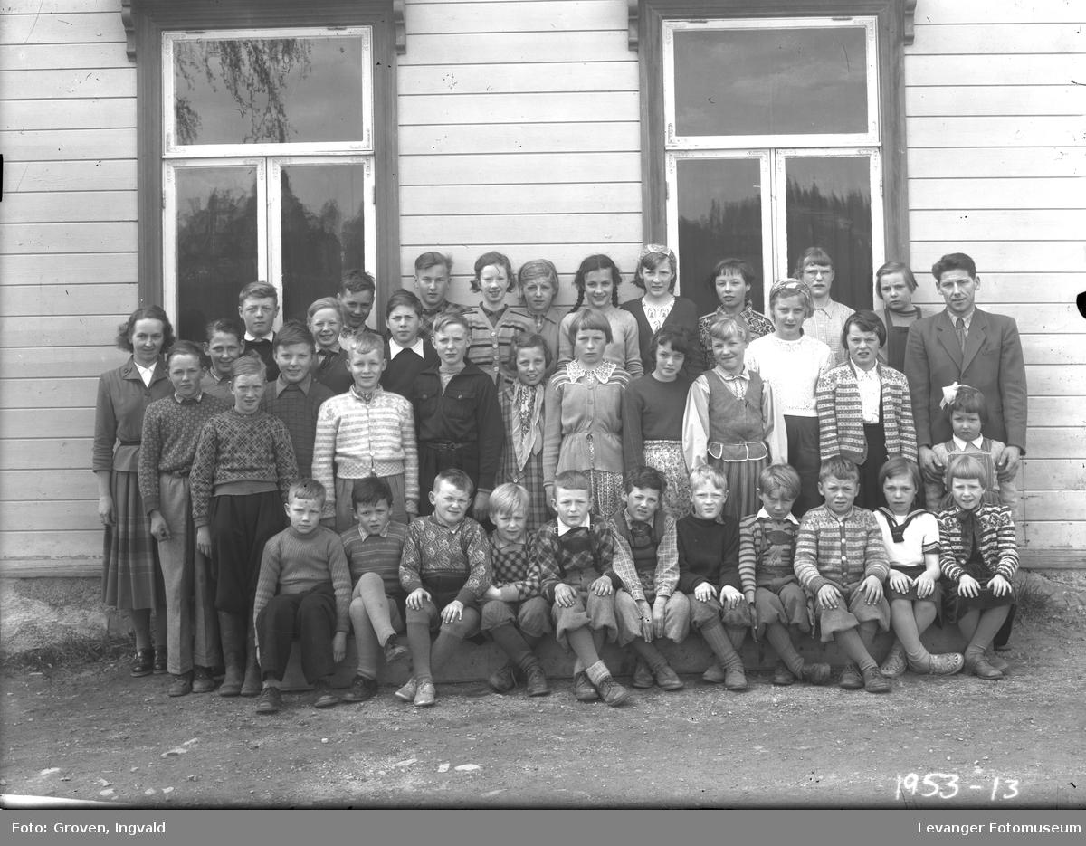 Skolebilde fra folkeskole, Okkenhaug skole.
