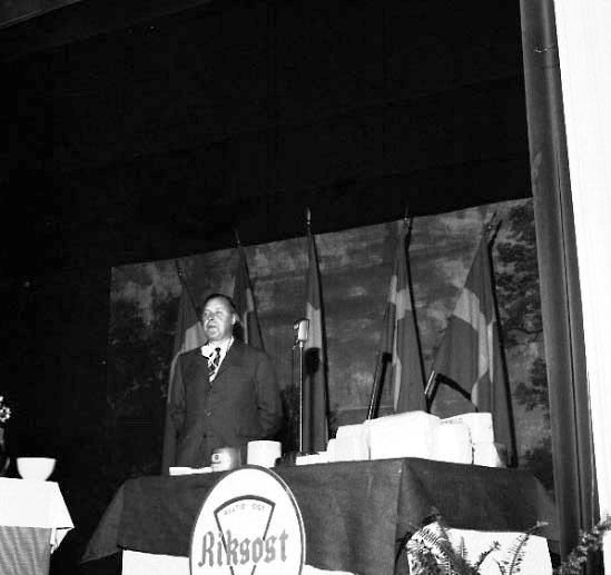 Skara. Mejeriförbundets smör och ostmässa 1962 i Teaterhuset.