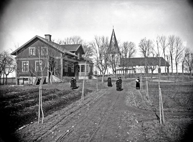 Bildtext: Fägre prästgård 1889.