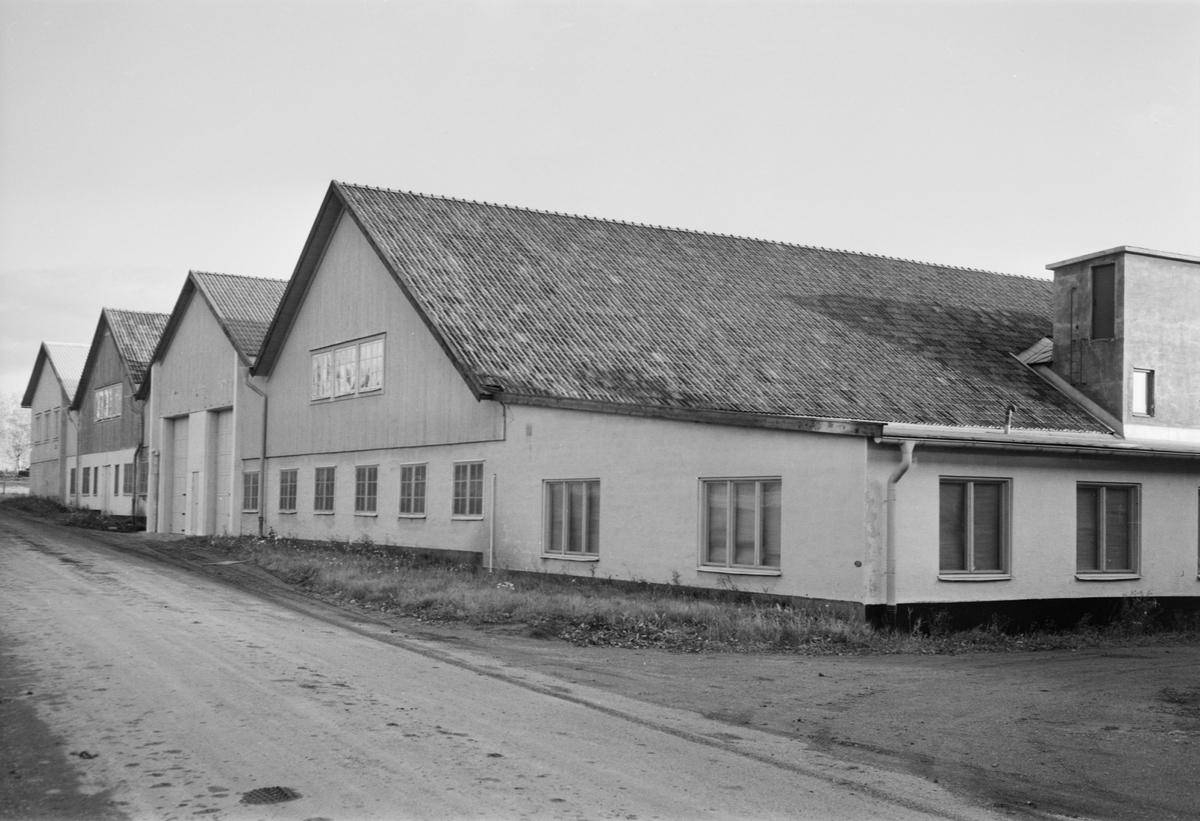 """Nymanbolagen, fabriksbyggnaden """"Fisken"""" på Bergsbrunnagatan, Uppsala 1950"""
