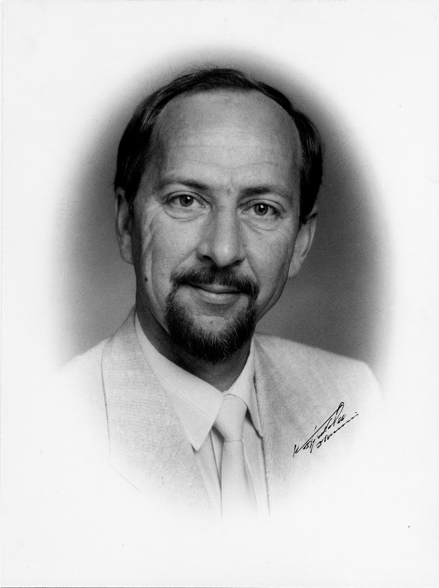 postmester, Henriksen Erik, portrett