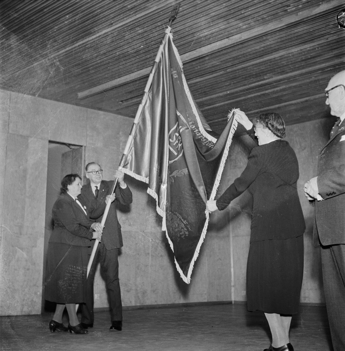 Pensionärsföreningens faninvigning, Uppsala, februari 1954