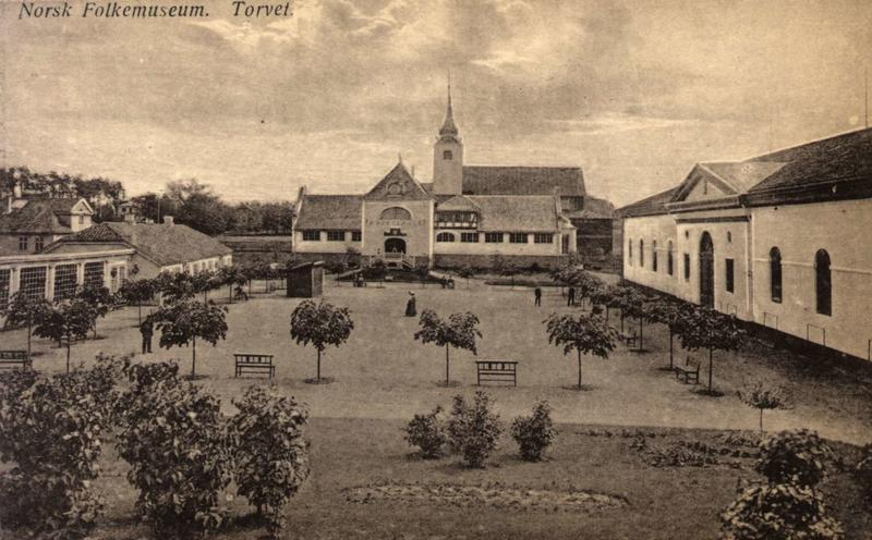 De første museumsbygningene på Norsk Folkemuseum (Foto/Photo)