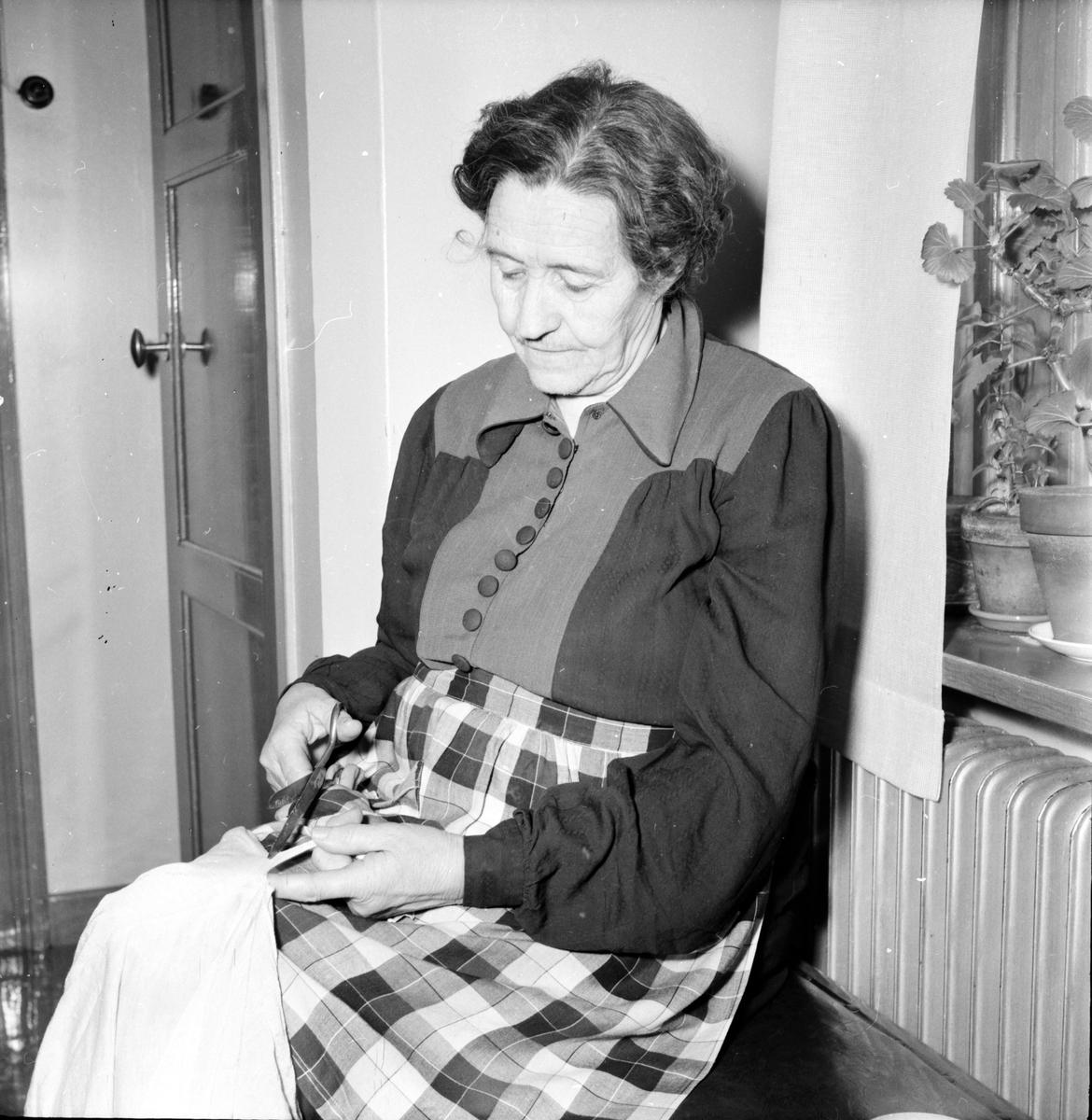 Söräng,Studion, Maria Öberg m.döttrar, Emy Brolin m. syster