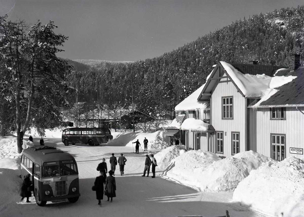 Jernbanen på Fagernes.