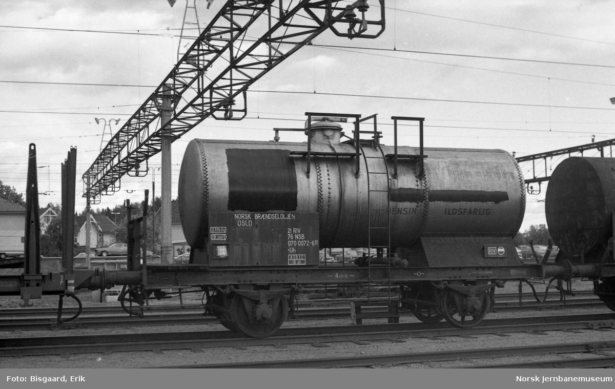Tankvogn litra Uh nr 070 0072 for Norsk Brændselolje A/S