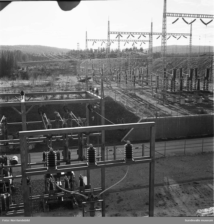 Torpshammars kraftstation, exteriör- och interiörbilder och vyer.