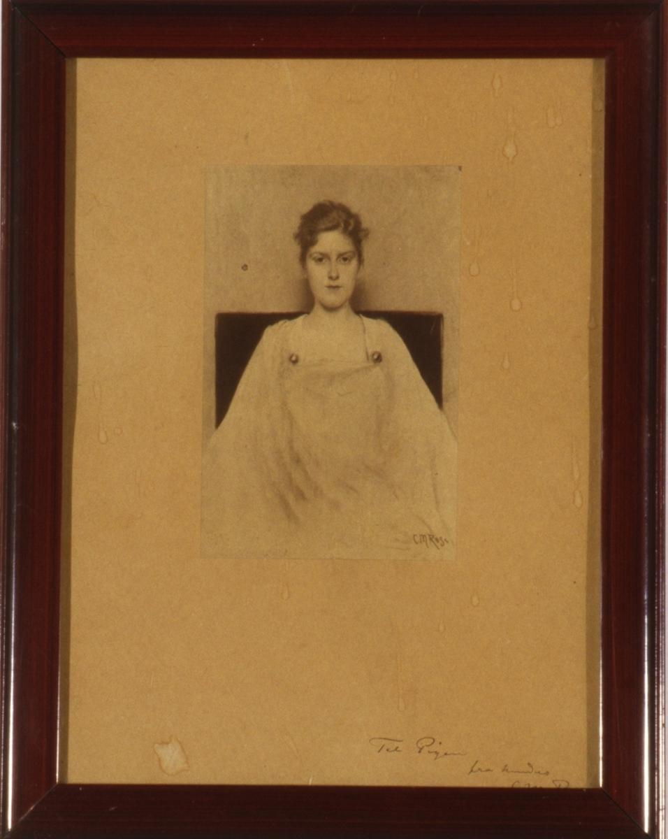 Portrett av en ung kvinne, en face, avskåret.